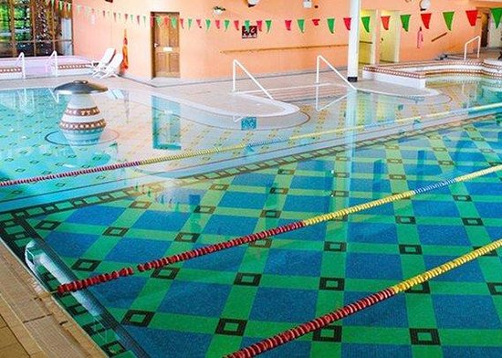 Quality Hotel And Leisure Centre: Indoor Pool