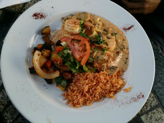 La Cueva Cafe: Shrimp Special $16