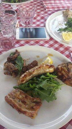 La riserva di Sarchiapone: Buonissima grigliata di carne mista.