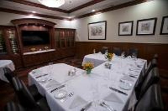 Downtown Grille: Banquet Room Conference