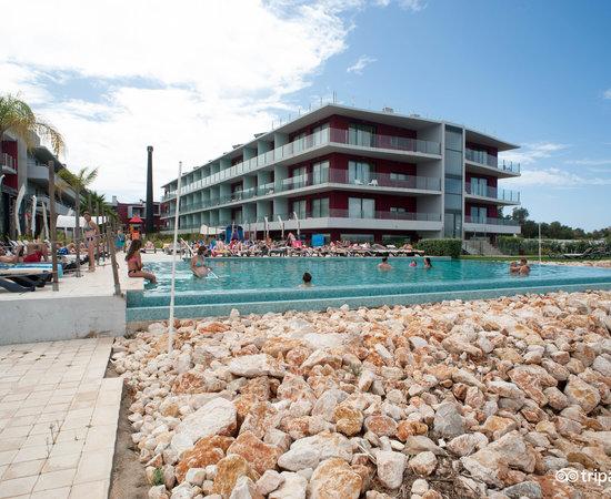 Resultado de imagen de agua hotels riverside