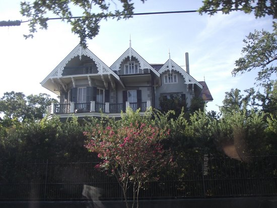 Original New Orleans Movie & TV Tours: Sandra Bullock's House in Garden District