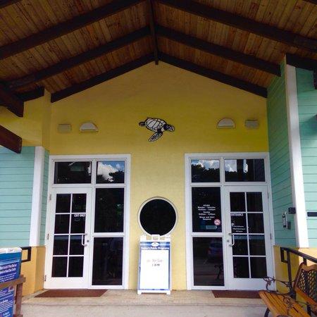 Loggerhead Marinelife Center: Entrance