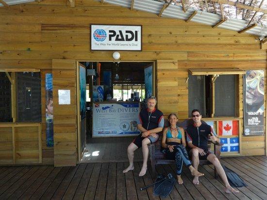 West Bay Divers : Jacques, Debora, Steven