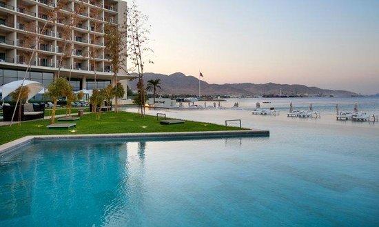 Kempinski Hotel Aqaba Red Sea: Pool