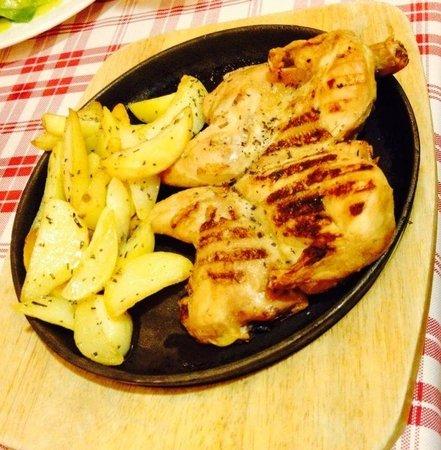 Tralalero: Galeto grelhado com batatas