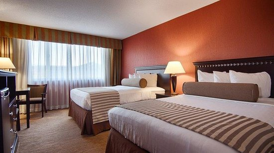 Ramada Carrier Circle East Syracuse: Two Double Bed Guest Room