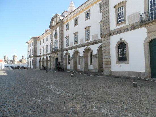 Quartel dos Castelos