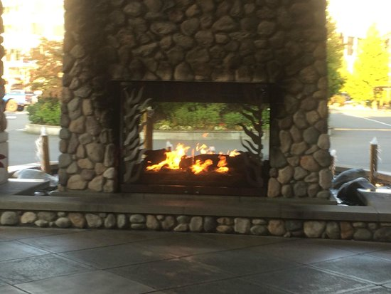 Outdoor Fireplace At Entrance Picture Of The Edgewater A Noble House Hotel Seattle Tripadvisor
