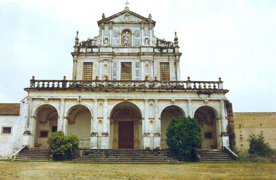 Évora, Portugal: Convento Cartuxa (Foto ACampeão)