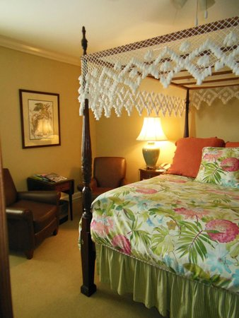 Indigo Inn: Corner room - King Bed