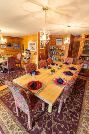 Winterlake Lodge : dining room