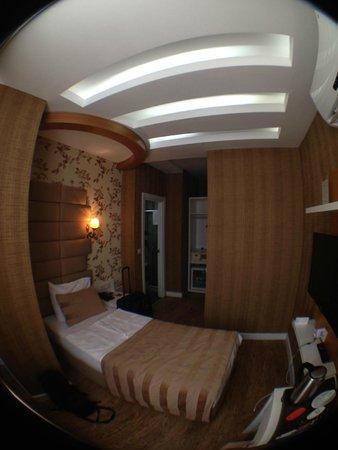 Hotel Black Tulip: Room