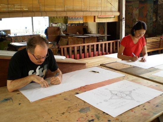 Widya's Batik: tracing