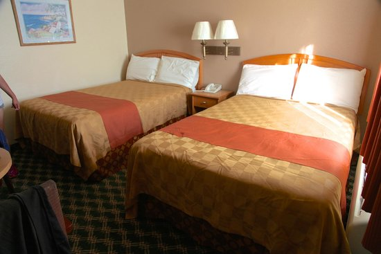 Seaside Inn: Two full size beds