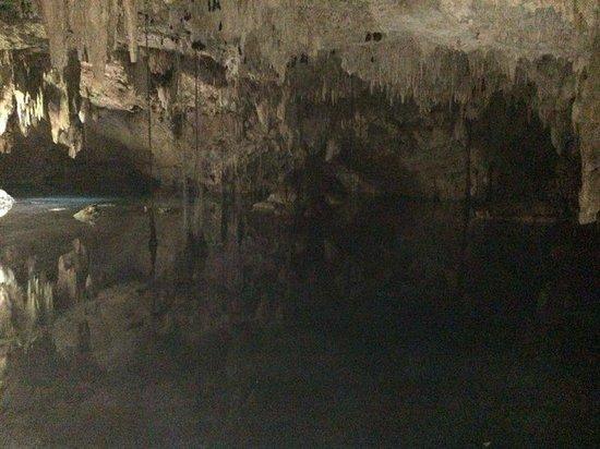cenote chaak tun. Posando para la foto · Debajo del sol 796d53493d5