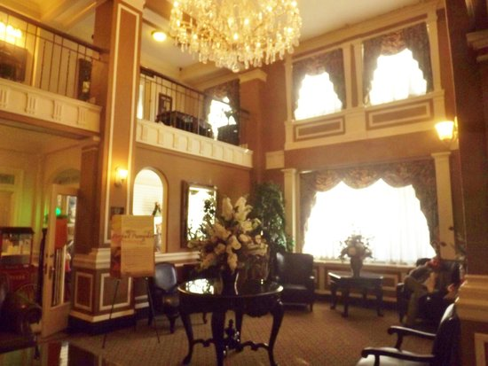 Hotel Bothwell, an Ascend Collection hotel : Beautifully restored lobby