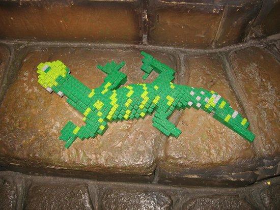 LEGOLAND Discovery Center Chicago : Lego gecko