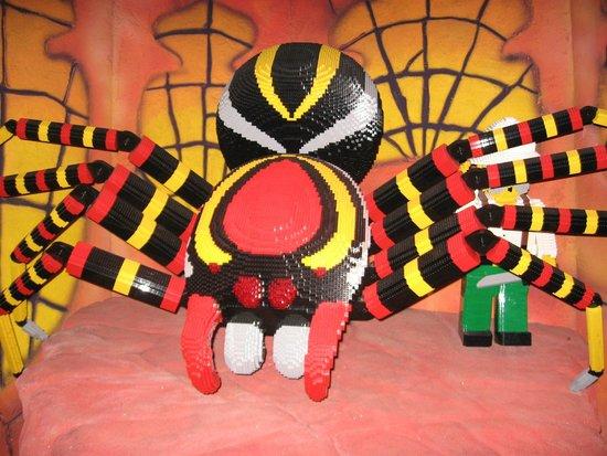 LEGOLAND Discovery Center Chicago : Lego spider