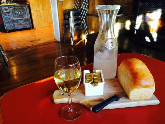 Bryce Canyon Pines : Fresh loaf of brioche bread with a glass of Kendall Jackson Chardonnay
