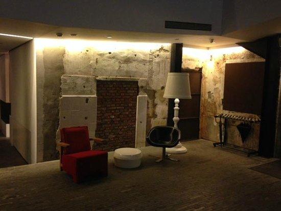 The Waterhouse At South Bund: lobby