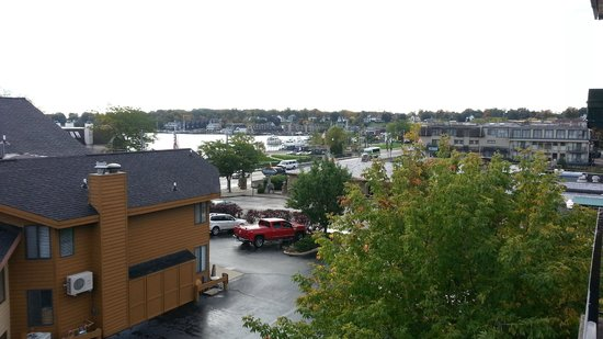 Weathervane Terrace Inn and Suites: The view from our balcony of beautiful Charlevoix
