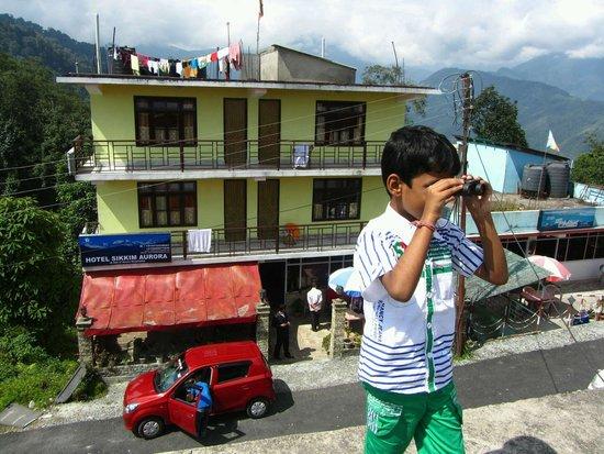 Aurora Sikkim: hotel from helipad