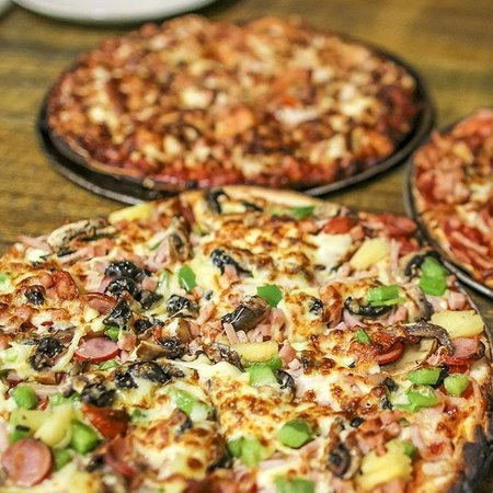 The cave wood fired pizza bar