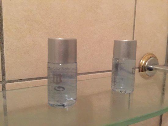 Hattonchatel Chateau : Pas de shampoing a 200 euros la chambre !