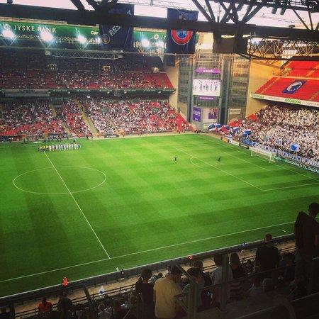 Telia Parken : Stadium