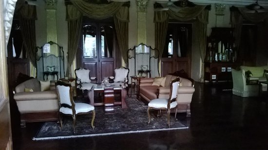 Chowmahalla Palace: Interiors