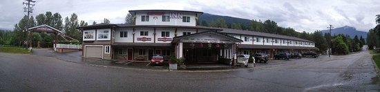 Revelstoke Gateway Inn: Gateway Inn, Revelstoke
