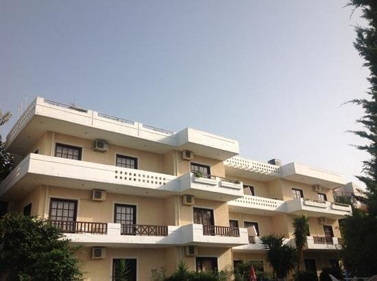 Alexandros Studios Apartments
