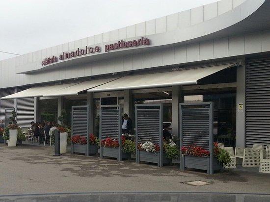 almadolce pasticceria caffetteria