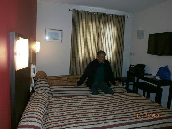 Hotel Roissy: Room