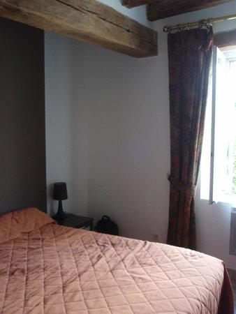 Hotel Le Cheval Rouge: Kamer in de annex