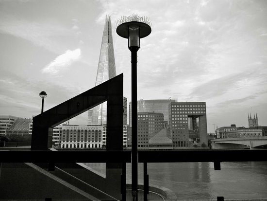 Cities at Dawn Photography Workshops: Shooting in front of the Shard......