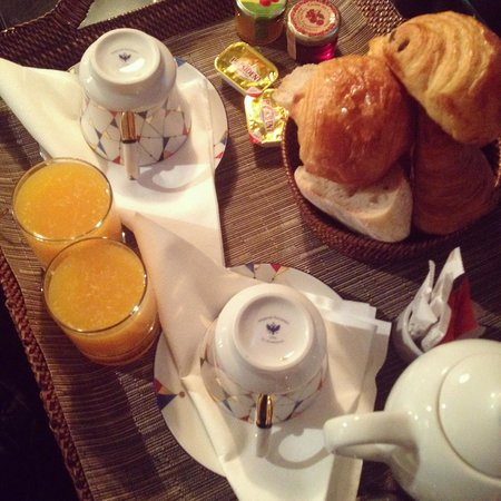 Hotel Verneuil : Great breakfast