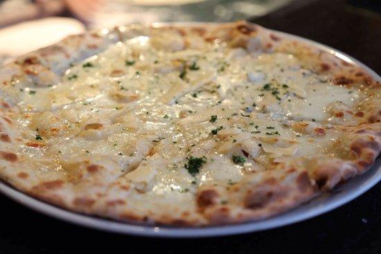 La Grappa Ristorante: Pizza quatre fromages