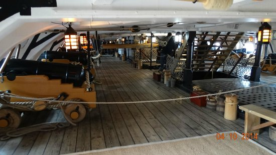 hms victor 39 s gun deck picture of portsmouth historic dockyard portsmouth tripadvisor. Black Bedroom Furniture Sets. Home Design Ideas