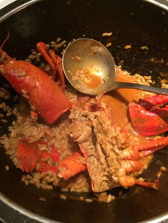 Mariscco: Gorgeous lobster paella