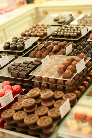 Groovy Brussels : Brussels Chocolate Tour