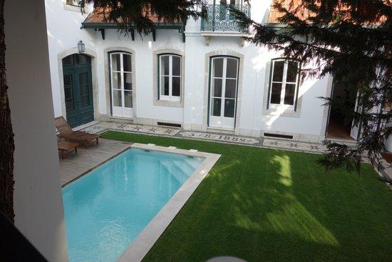 Casa Balthazar : patio et piscine