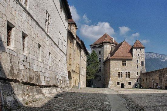 Château d'Annecy : Schlosshof
