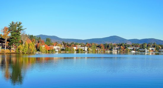 Lake Placid, Estado de Nueva York: Mirror Lake - Oct. 6th, 2014