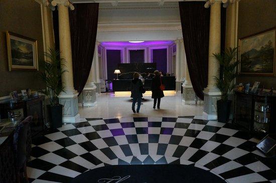 The Malton Hotel: lobby entrance