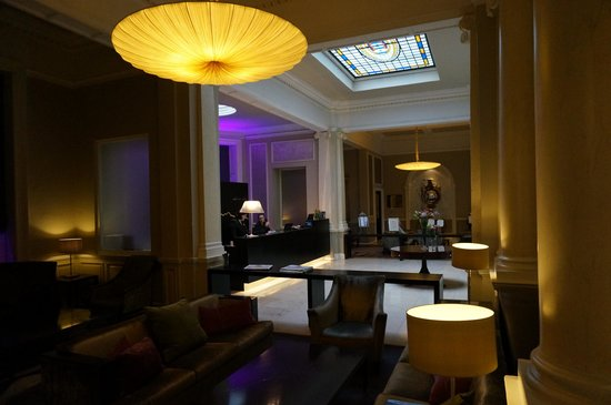 The Malton Hotel: lobby