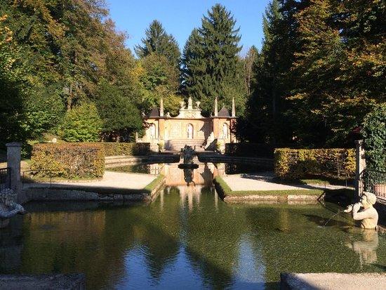 Jeux d'eau d'Hellbrunn : 1