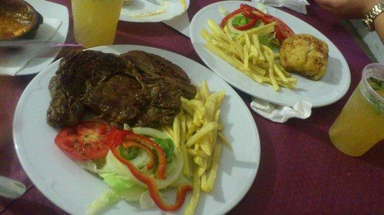 El Desvan Taperia: Steak