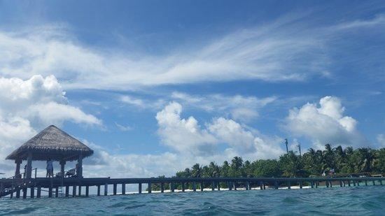 Vakarufalhi Island Resort : view of the resort